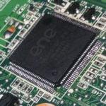 Wlutowanie układu KBC w obudowie QFP-128 bez minifali [film]